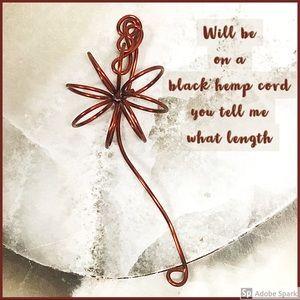 BOGO💫Copper Wire Flower Pendant